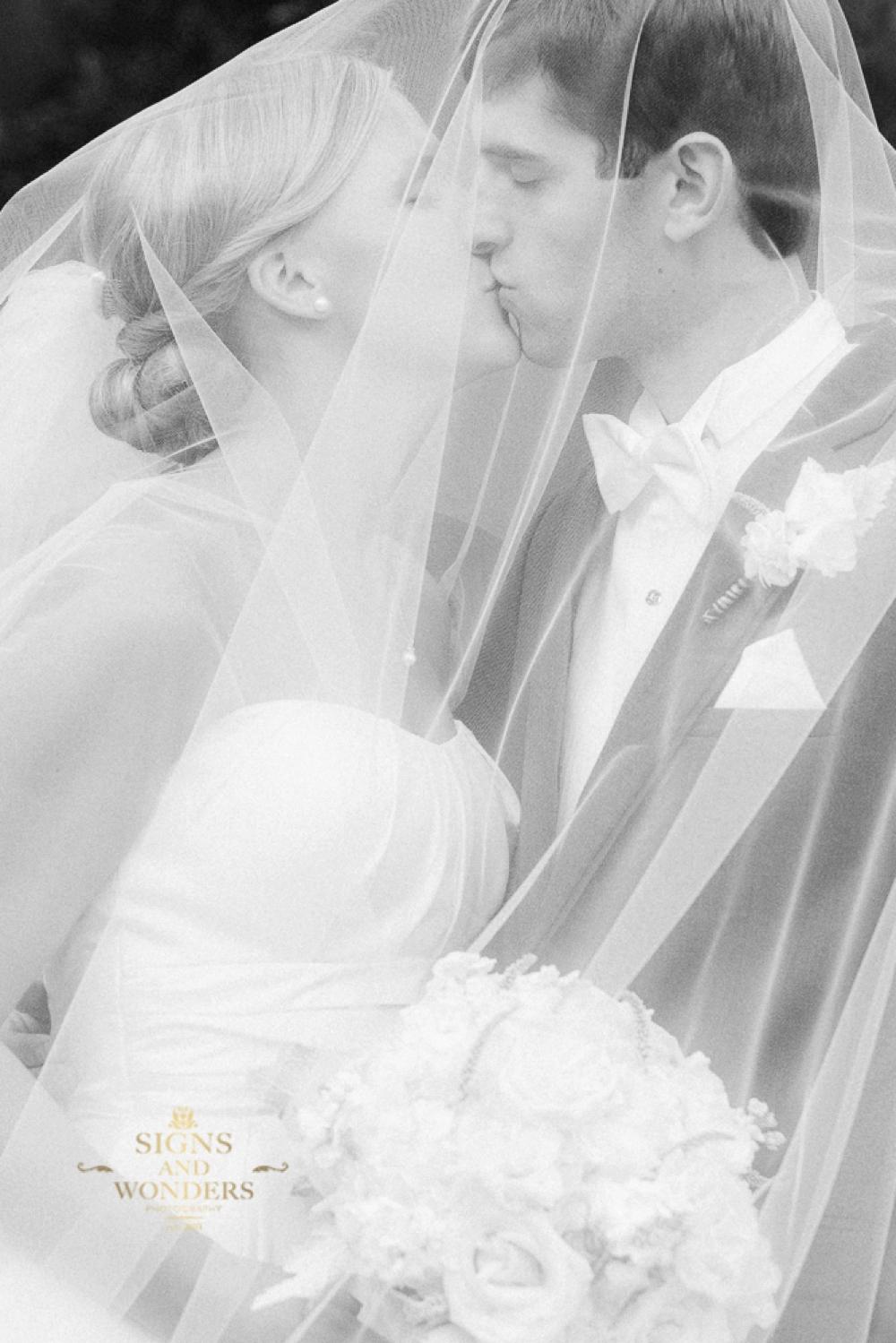 Old-Edwards-Inn-Wedding_0247.jpg